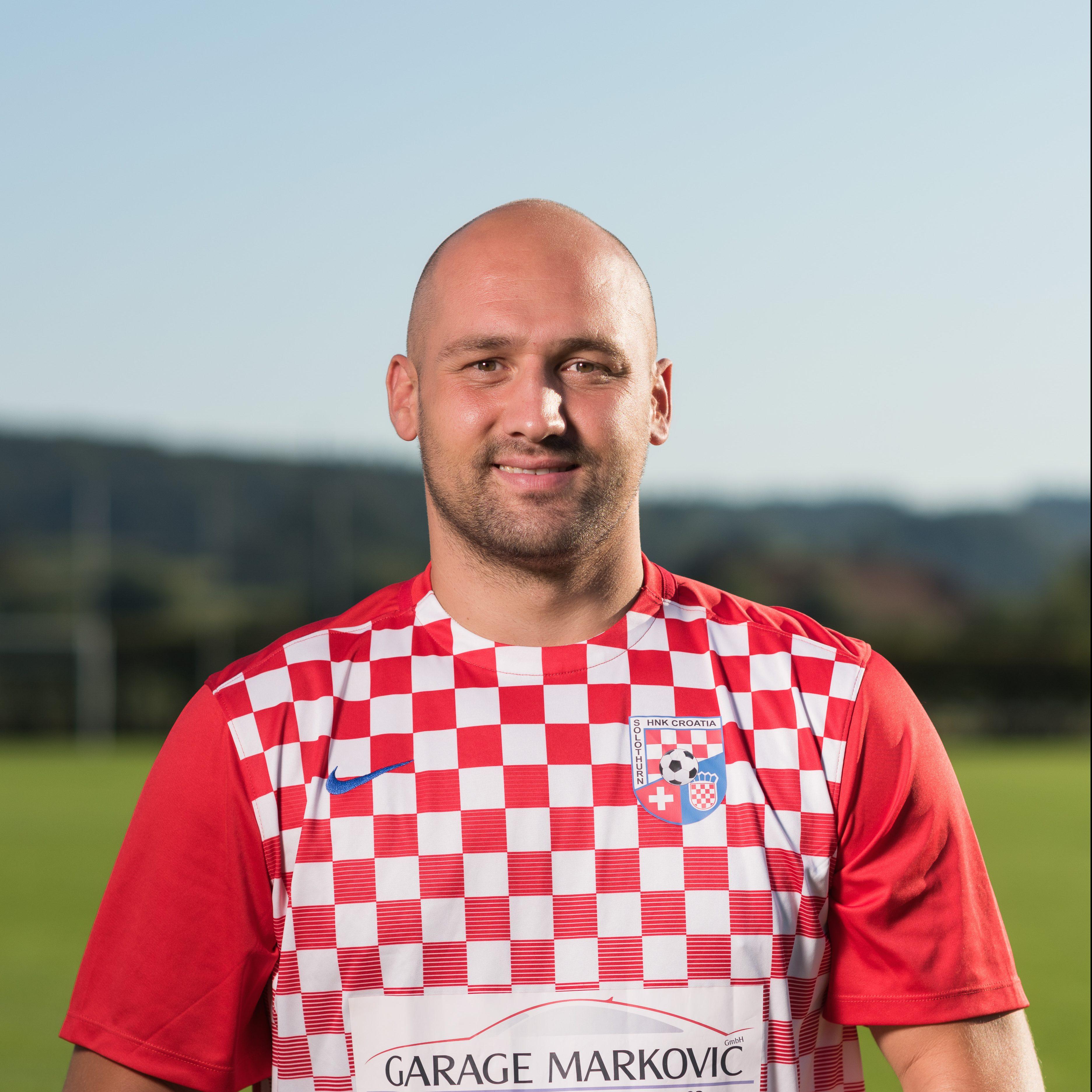 Mihael Petrovic - napadac