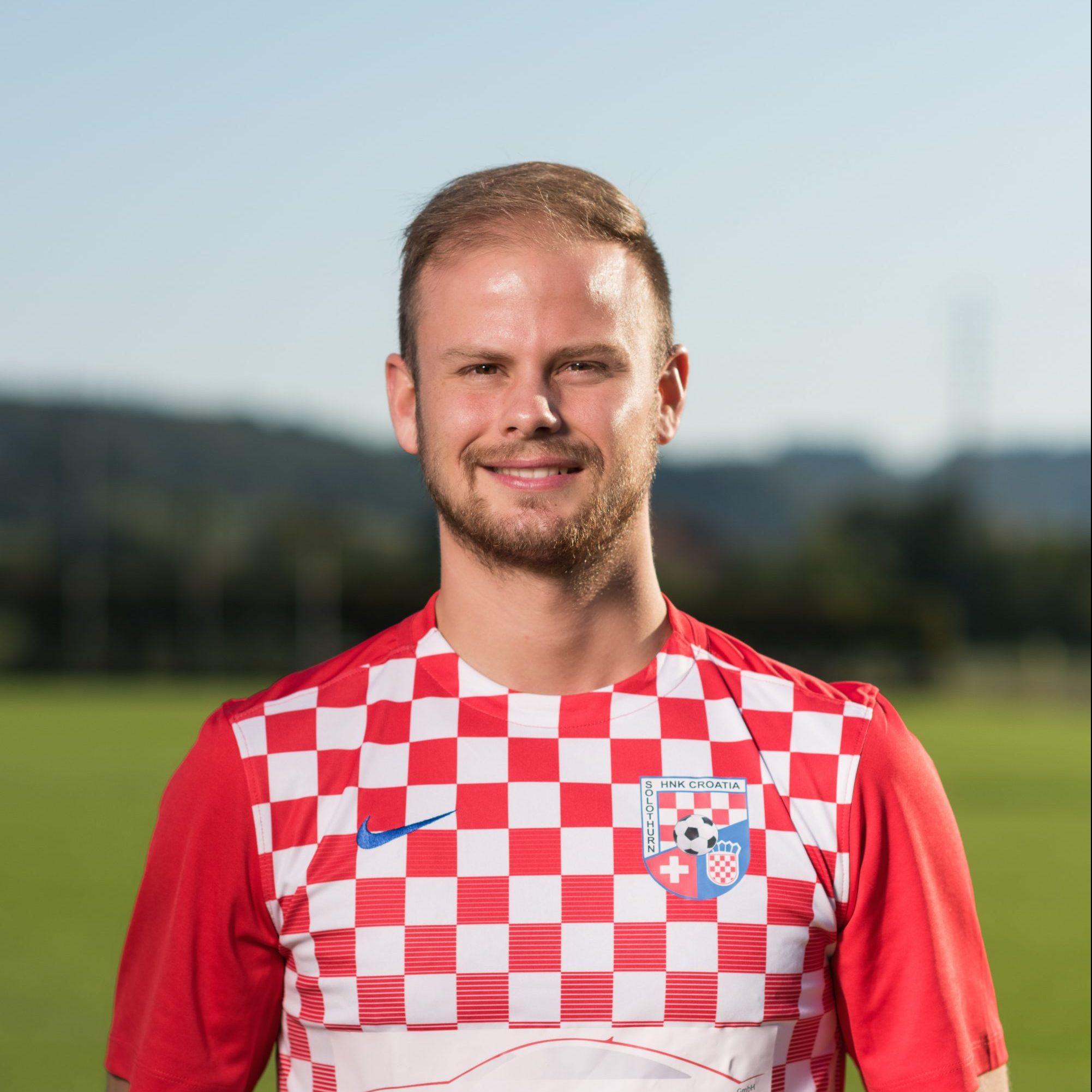 Marko Maric - vezni (kapetan)